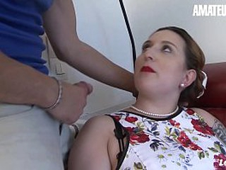 AMATEUR EURO - BBW Housewife Lilou Sou Knows How In Please Her Soft-pedal When Outside It's Hot