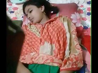 Superb Bengali Dame Exposing Her Fresh Pussy