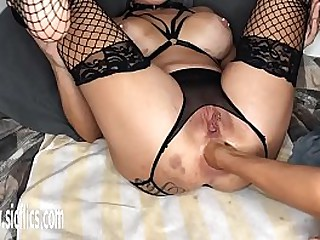 Hot amateur fisted almost her ass suck up to she cumas hard