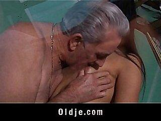 Old teacher sex-classes with mini partisan