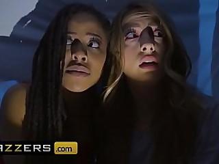 www.brazzers.xxx/gift  - mimic and watch powerful Kira Noir video